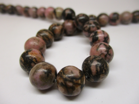 Rhodonite 10mm +/-40pcs