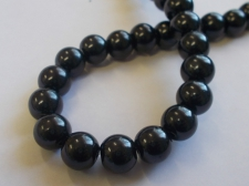 GLASS PEARLS 10MM BLACK