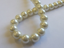 GLASS PEARLS 10MM CREAM