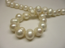 FRESH WATER PEARL +/-42PCS 10MM