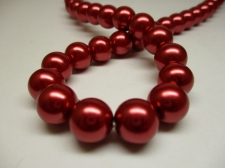 GLASS PEARLS 12MM RED