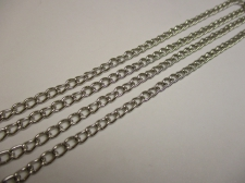 CHAIN 1M 4X3MM LINK