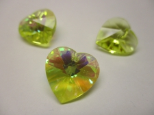 CRYSTAL HEART PENDANT 14X14MM 3PCS LIME AB
