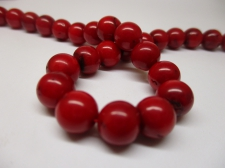 Red Coral 9mm +/-43pcs