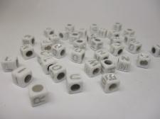 Square 6x6mm Acrylic (48c9308w5) 250g White silver