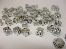 Square 6x6mm Acrylic (43c9308) 250g Silver black