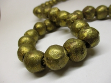 AFRICAN BRASS BEADS 15MM +/-57CM